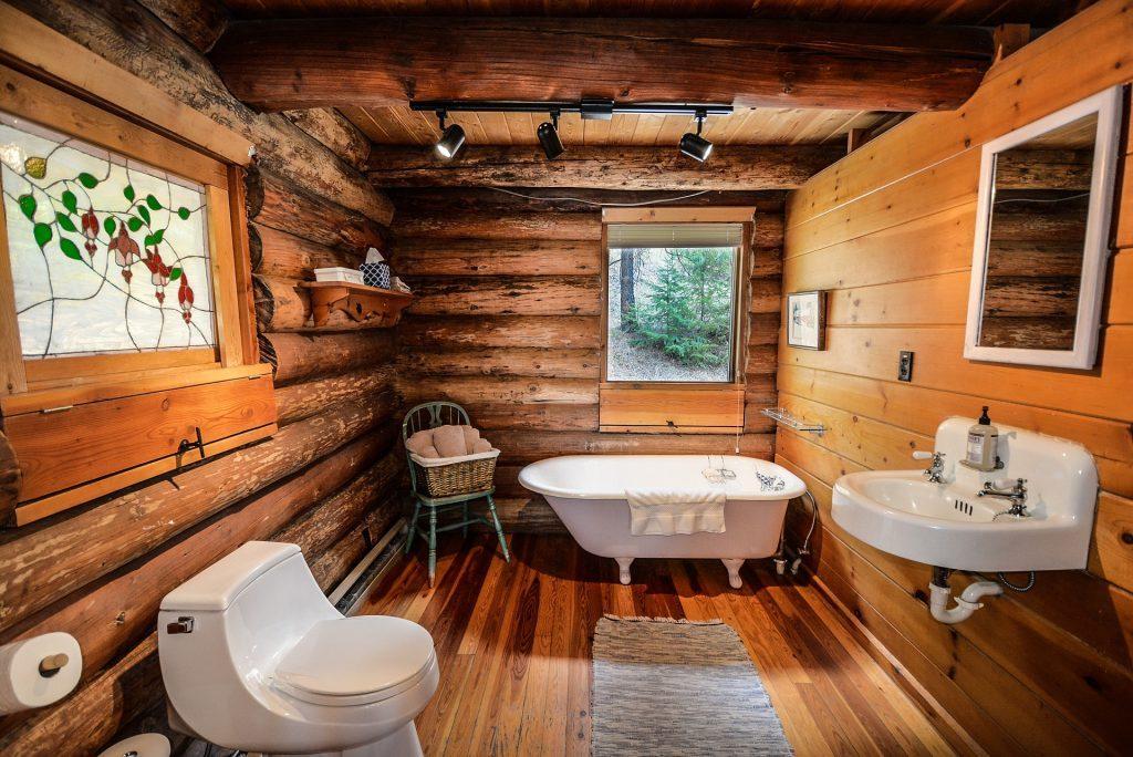 Kamar mandi dengan desain unik membuat semakin nyaman