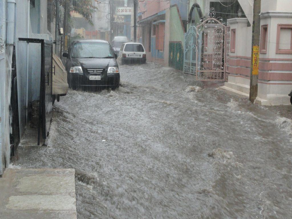 Banjir dapat merusak rumah anda